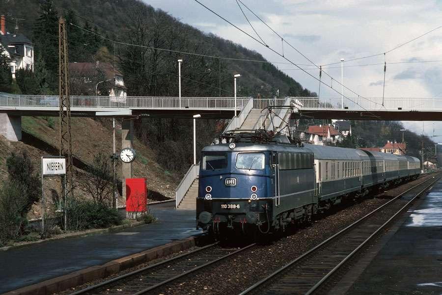Niefern Bahnhof